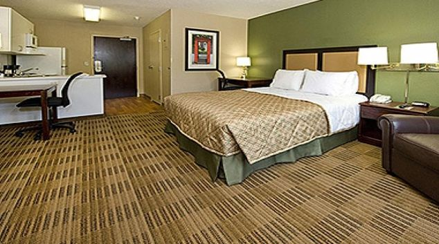 Multifunctional living area in Extended Stay America Woburn