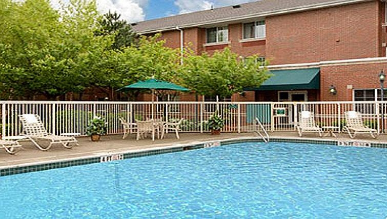 Fantastic pool in Extended Stay America Woburn
