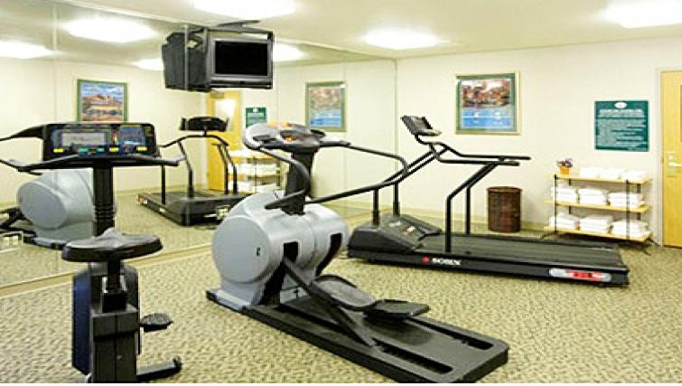 Equipped gym in Extended Stay America Woburn
