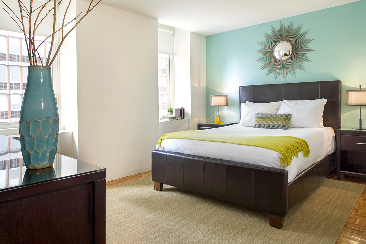 Double bed at Prudential Center Apartments