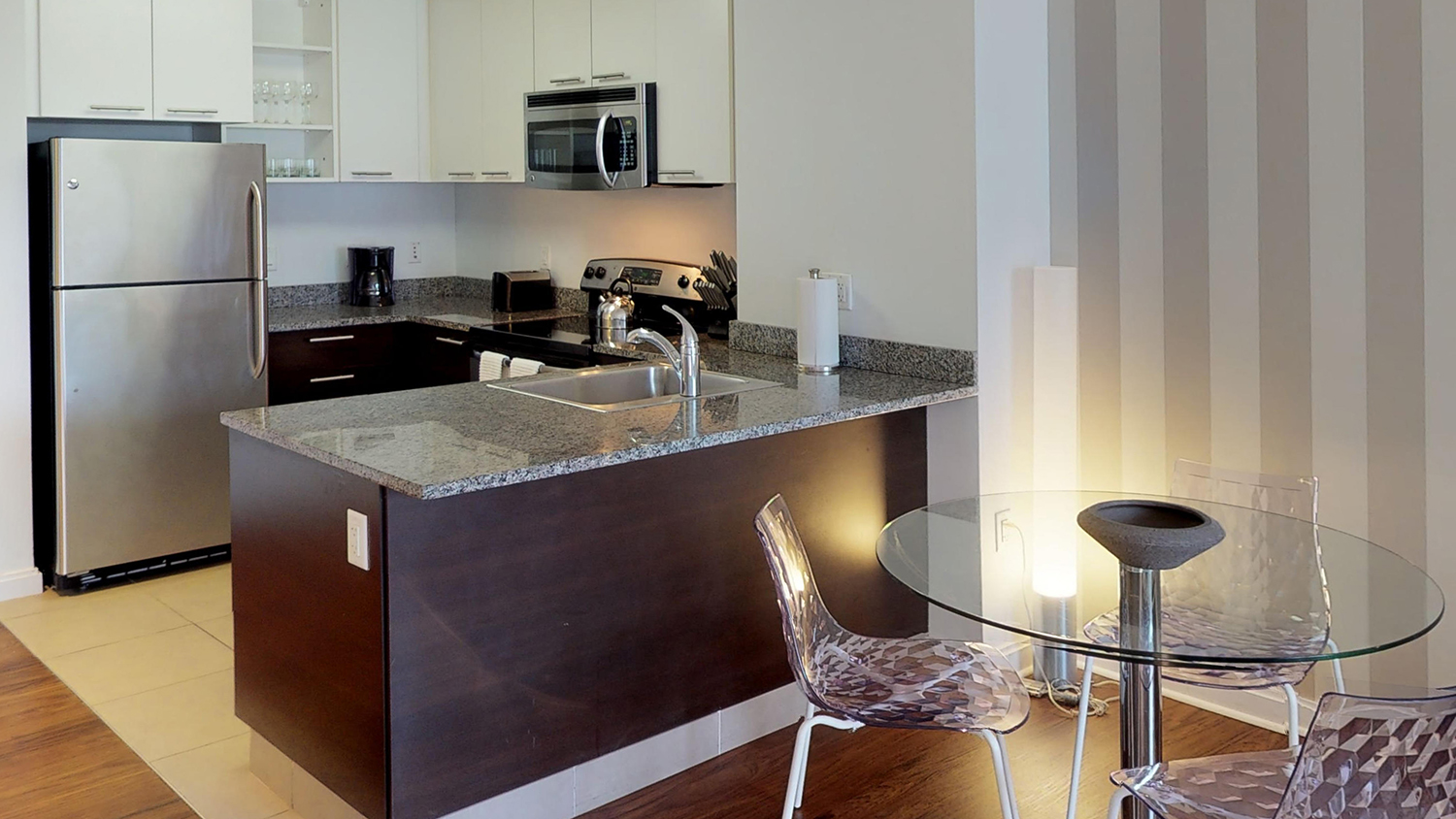 Dining area at 285 Third Square Apartments