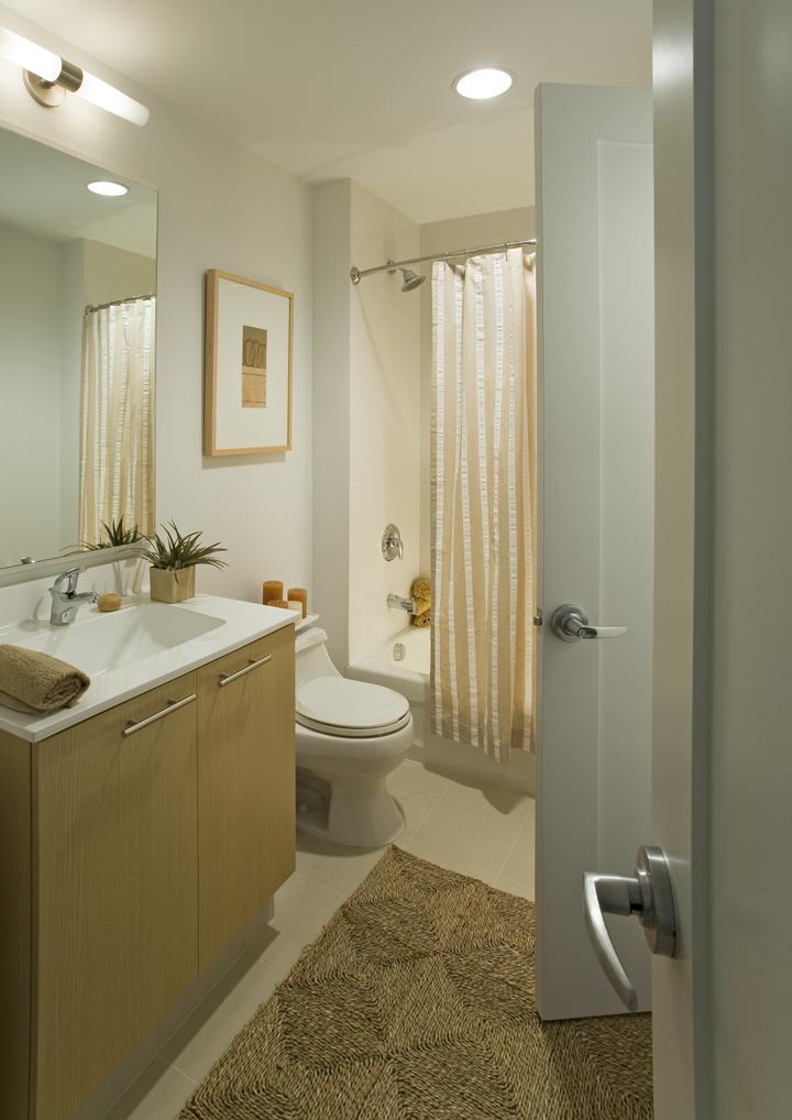 WC at 285 Third Square Apartments