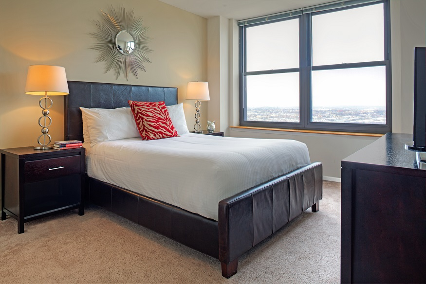 Bed at Grove Pointe, The Waterfront, Jersey City