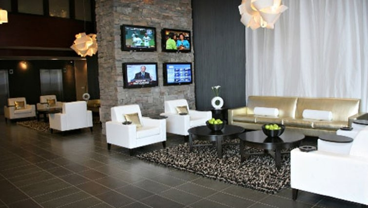 Gorgeous communal lounge in Sandman Signature Toronto Airport