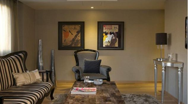 Stylish living area in City Centre Business Apartments
