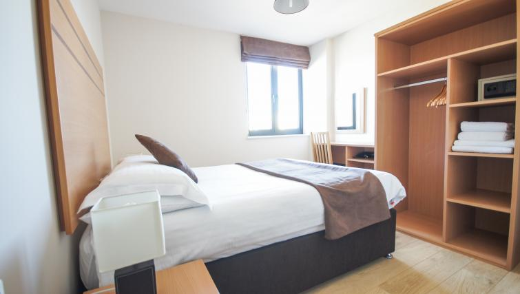 Bedroom at Crompton House Apartments