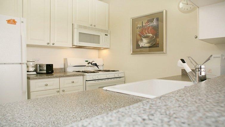 Bright kitchen in Archstone Midtown West Apartments