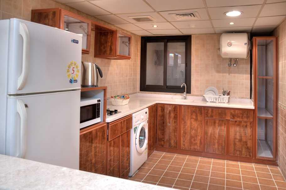Kitchen facilities at Safari Apartments