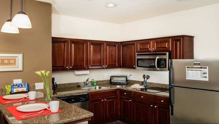 Ideal kitchen in Staybridge Suites Houston-Nasa/Clear Lake