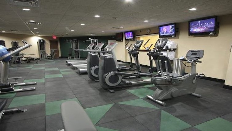 State-of-the-art gym in Staybridge Suites Houston-Nasa/Clear Lake