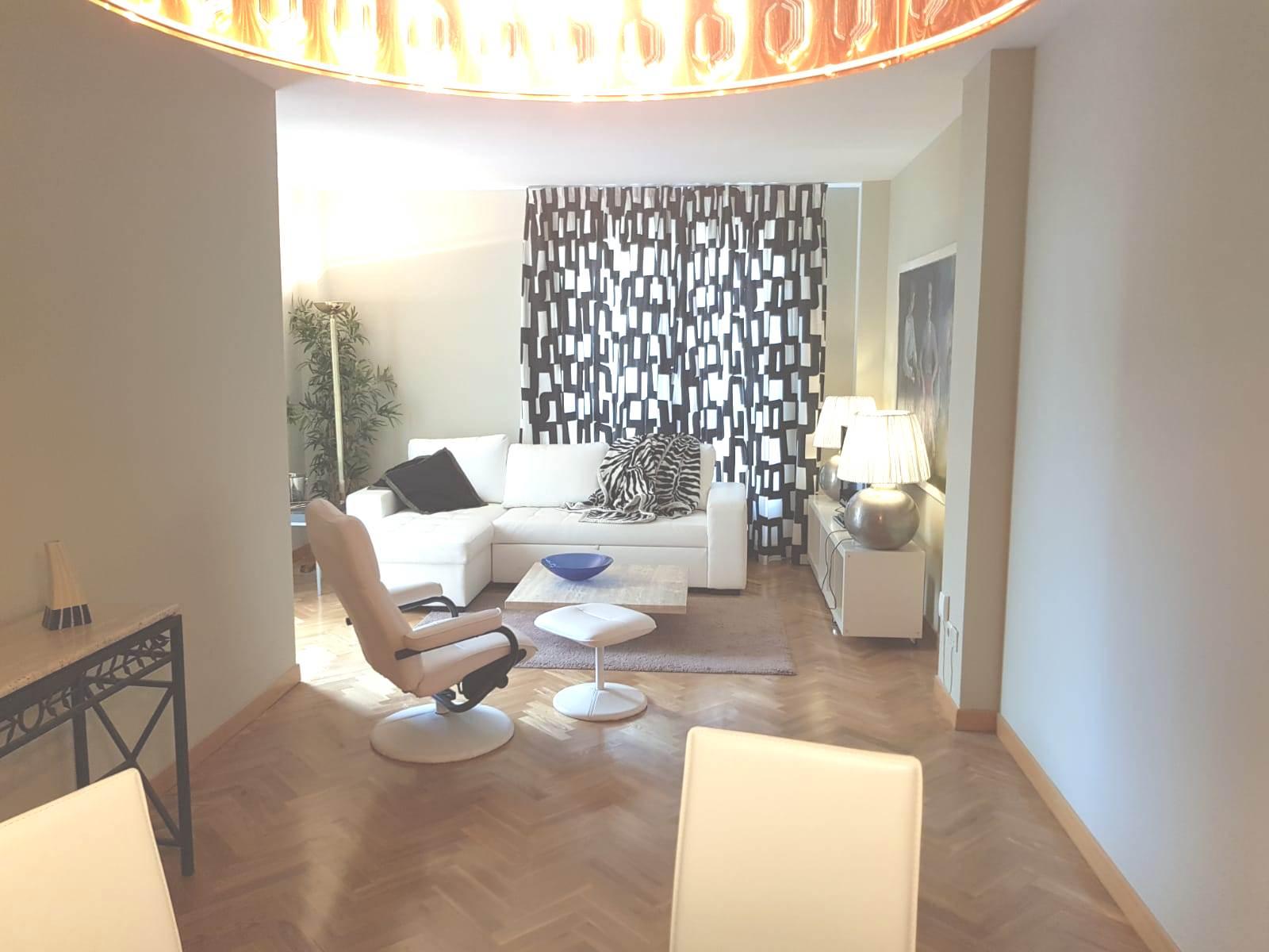 Sofa at Castillo 20 Apartment, Trafalgar, Madrid