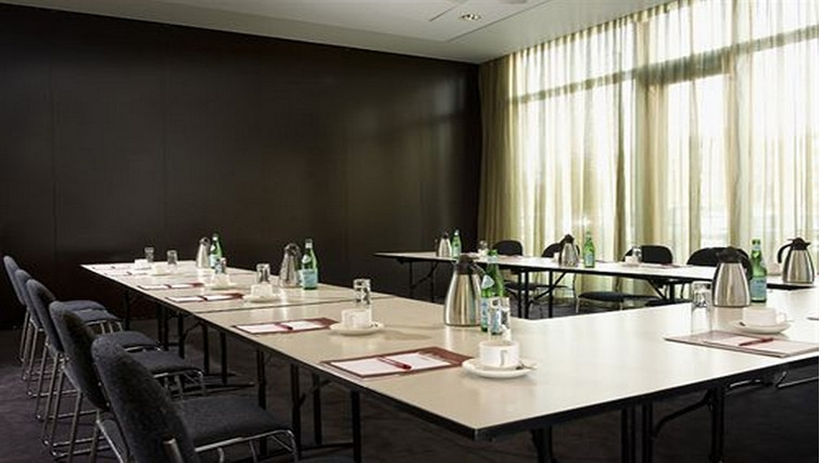 Executive meeting room at Adina Apartment Hotel Copenhagen