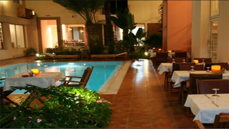 Gorgeous pool in Casablanca Apparthotel