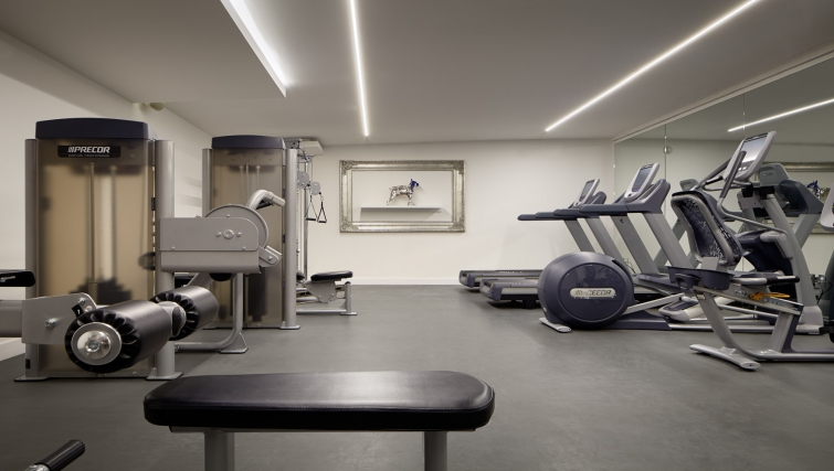 State-of-the-art gym in AKA Beverly Hills