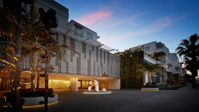 Stunning exterior of AKA Beverly Hills