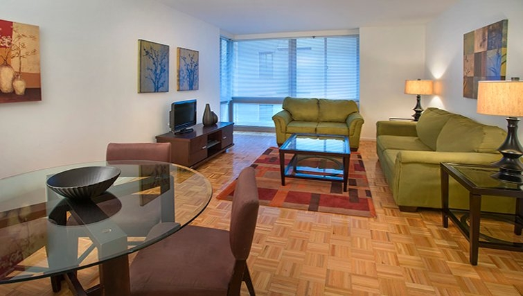 Desirable living area in 777 6th Avenue Apartments