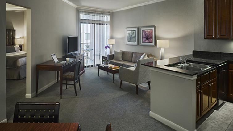 Attractive living area in AVE Clifton Apartments