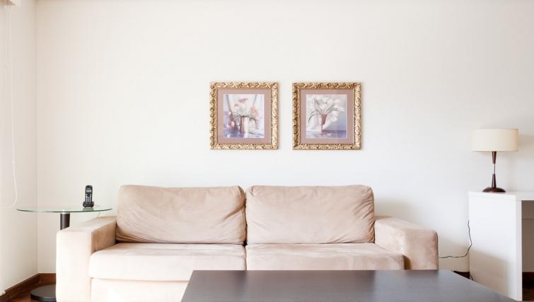 Cosy living area in Capote Valente Apartment