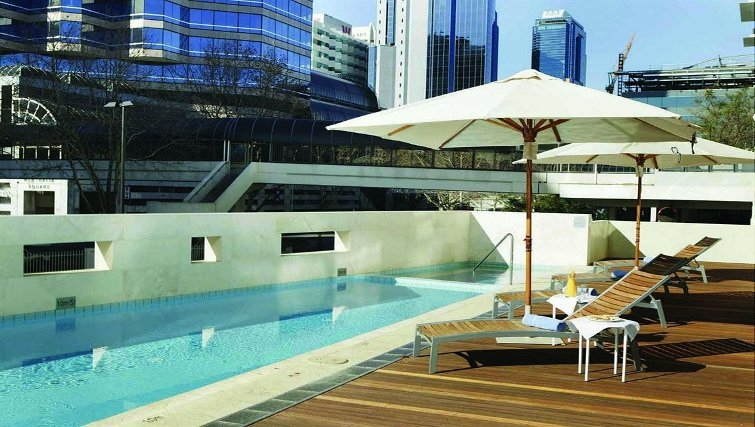 Scenic pool in Adina Apartment Hotel Perth