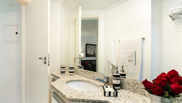 Ideal bathroom in Varieta Apartment