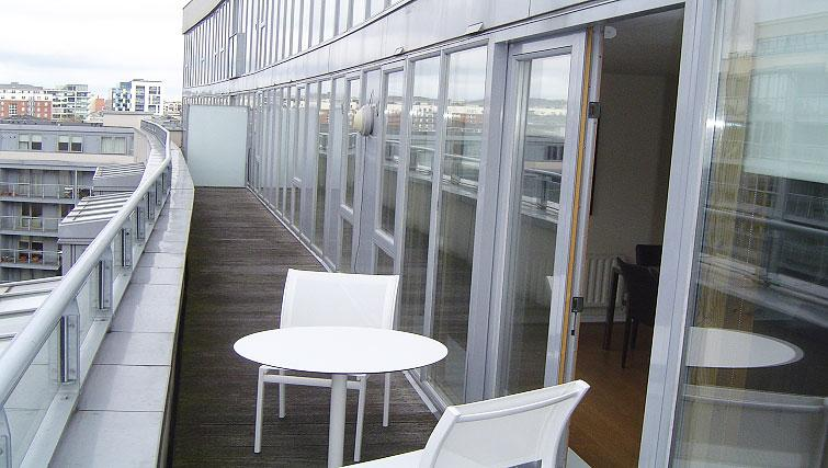 Private balcony in Gasworks Apartment