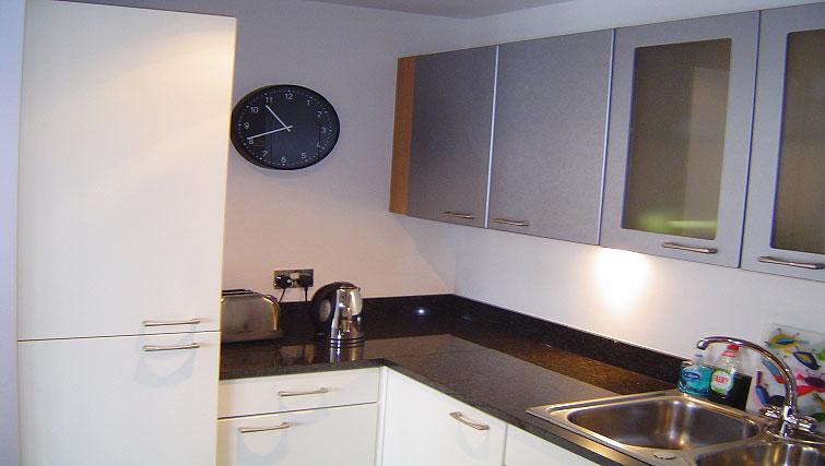 Modern kitchen in Gasworks Apartments