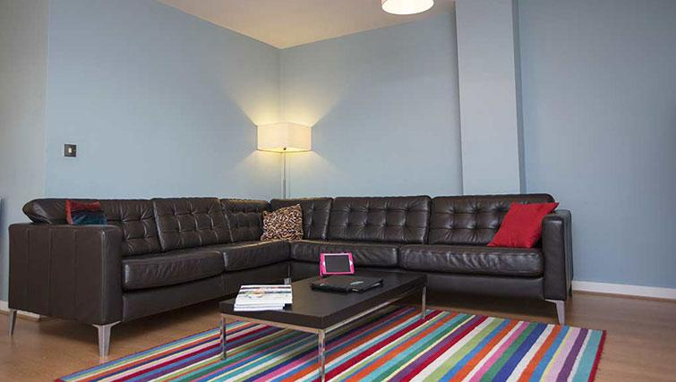 Contemporary living area in Gasworks Apartments