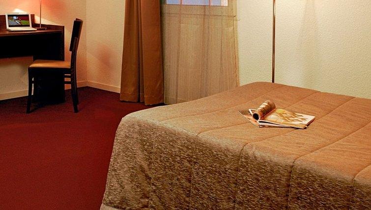 Cosy bedroom in Adagio Access Orleans