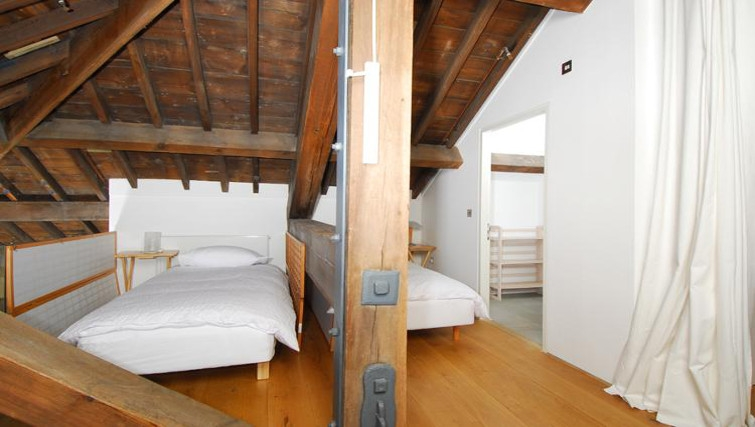 Practical bedroom in Brewhouse Royal William Yard Apartments