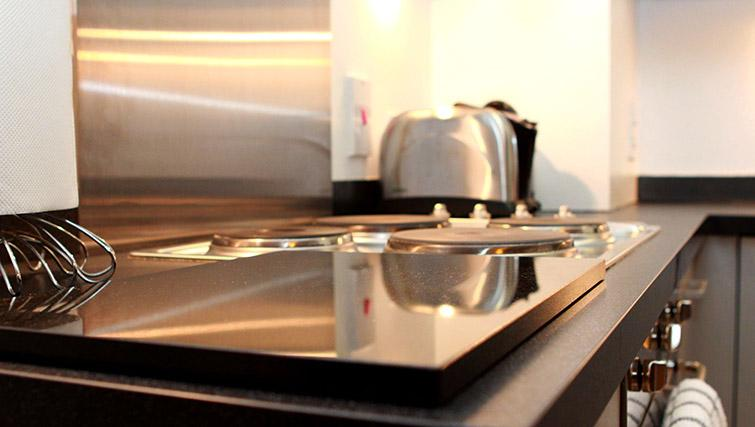Equipped kitchen at Salford Quays Apartments
