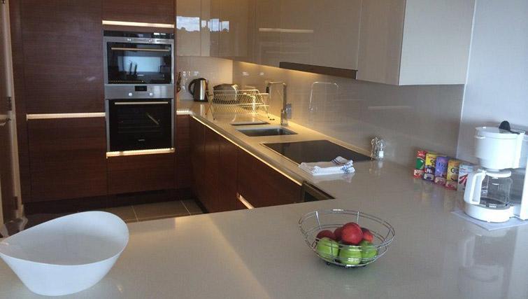 Kitchen at Kew Bridge Piazza Apartments