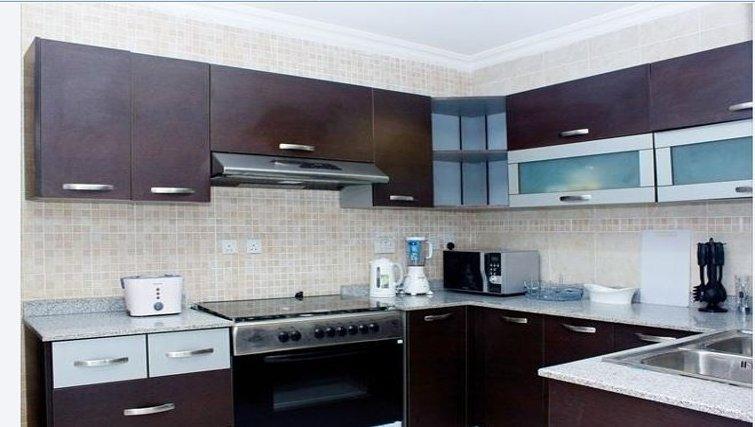 Practical kitchen in Milverton Apartments