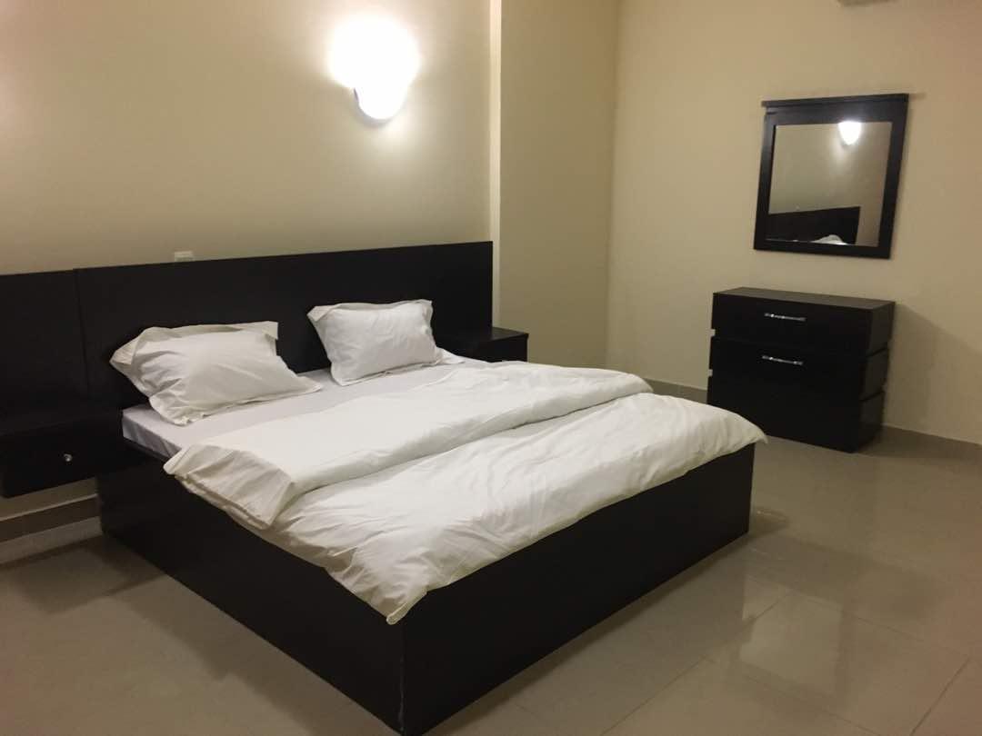 Spacious bedroom in Banana Island Apartments