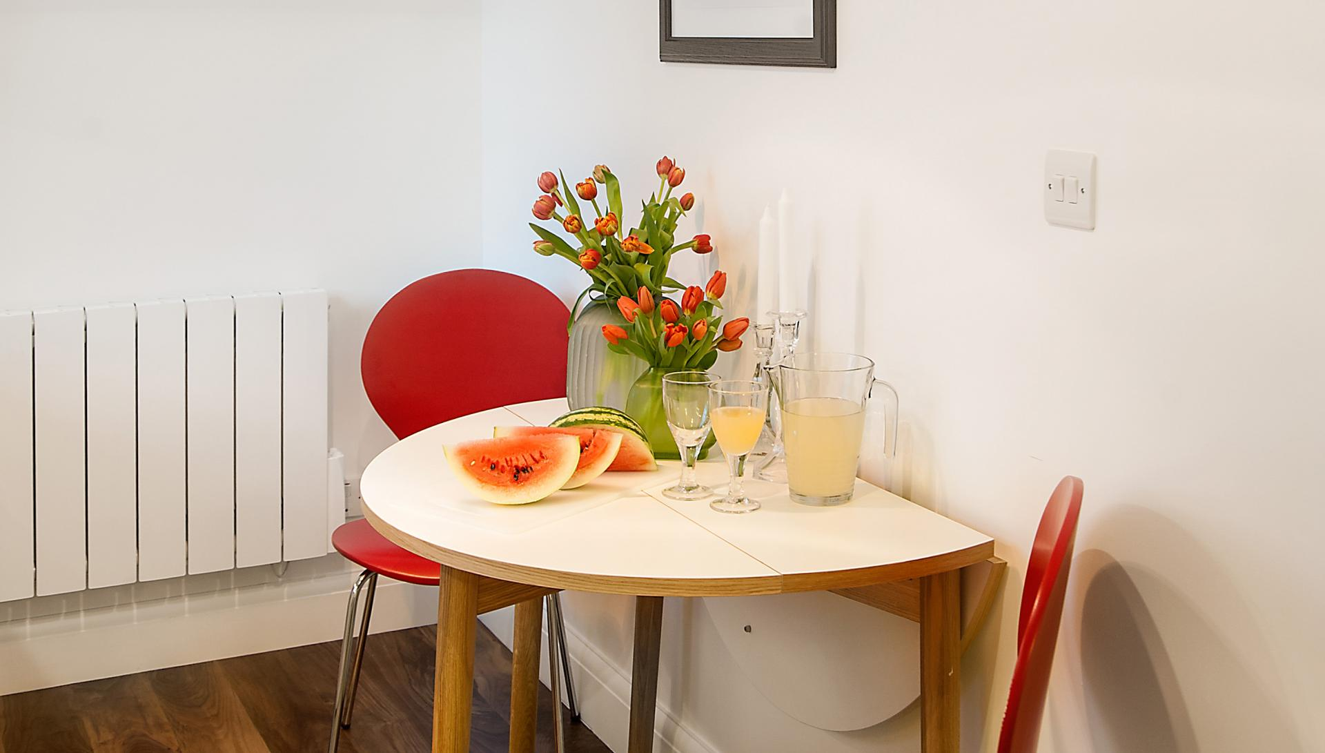 Dining table at Chiltern Street Apartments