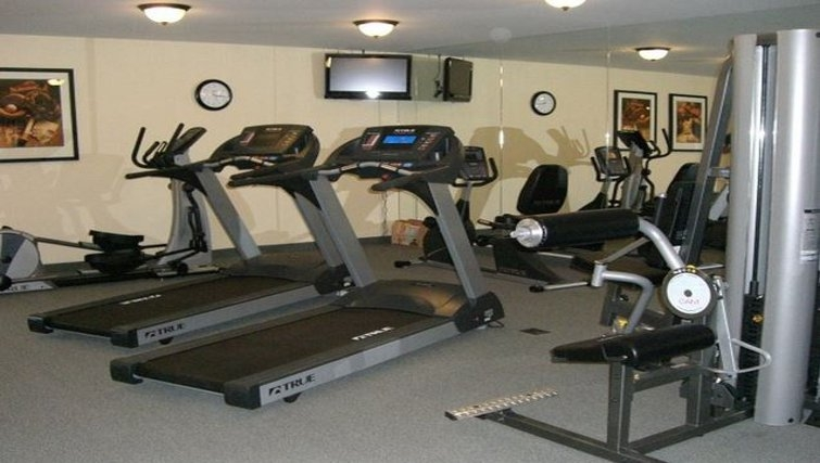 Equipped gym in Staybridge Suites Oklahoma City