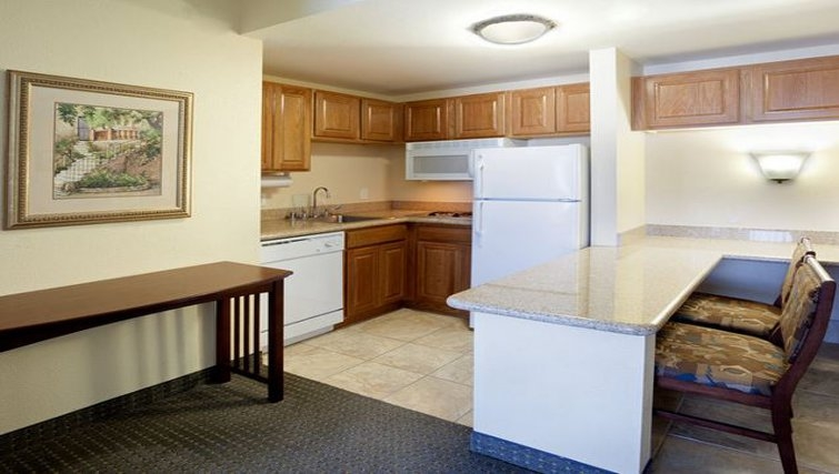 Ideal kitchen in Staybridge Suites San Antonio Downtown