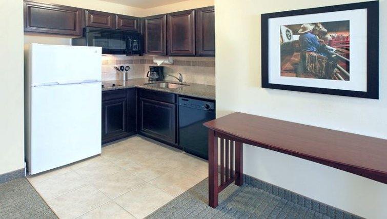 Ideal kitchen in Staybridge Suites Fort Worth West
