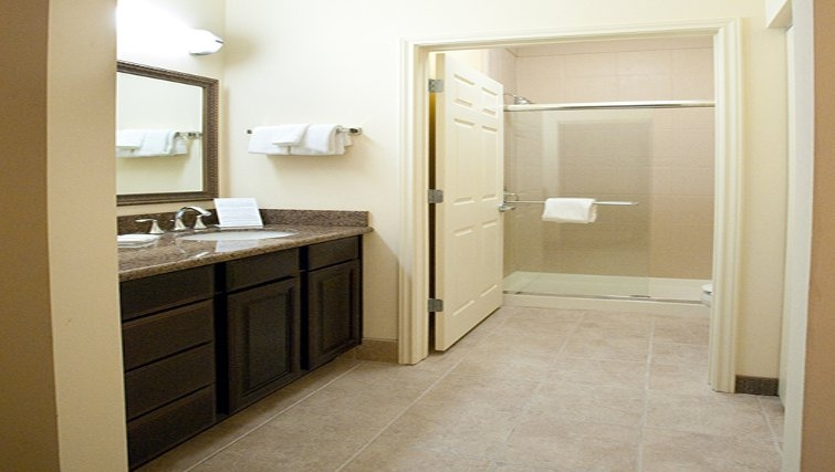 Spacious bathroom in Staybridge Suites Fort Worth West