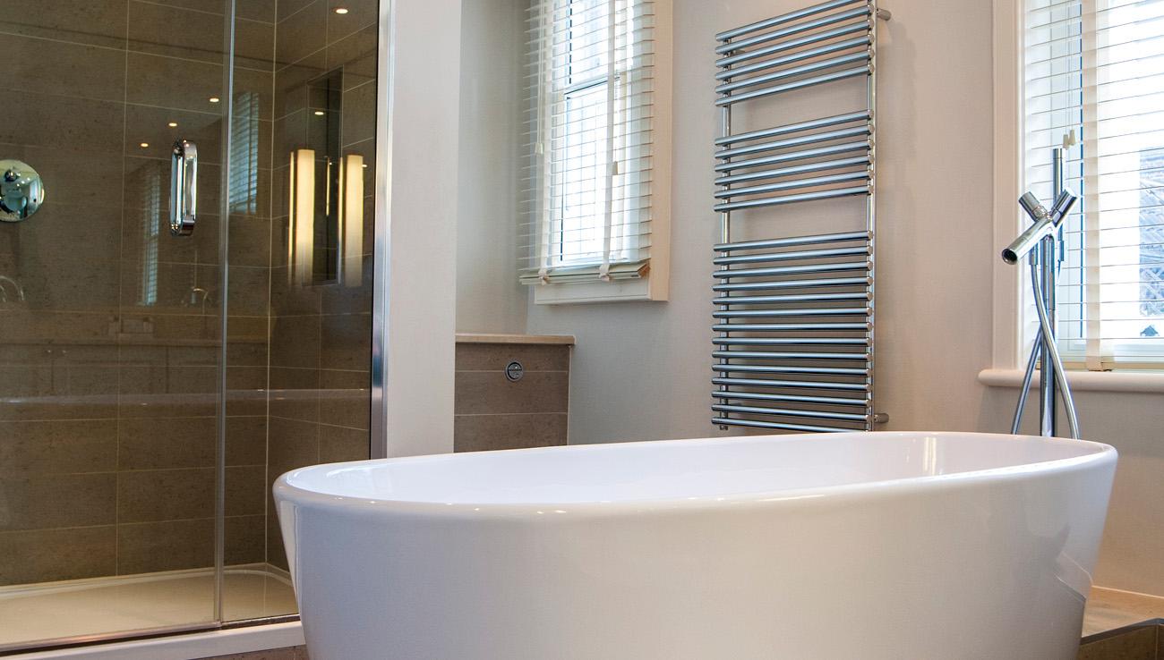 Bath at Native Mayfair Apartments
