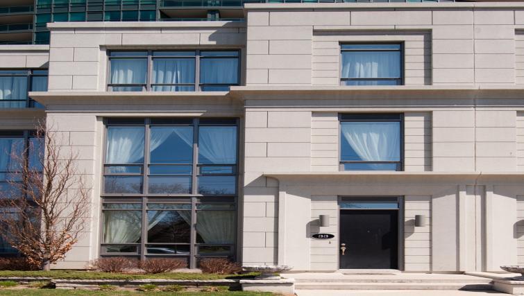 Exterior of Meridian Apartments