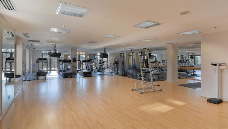 Studio at Avondale Apartments