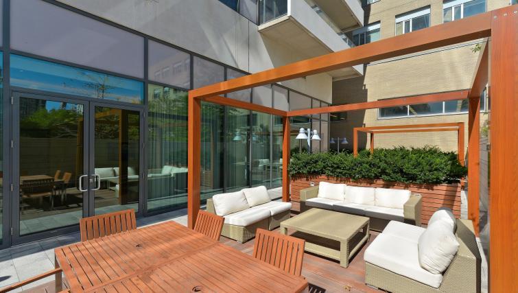Outdoor garden at Republic Apartments