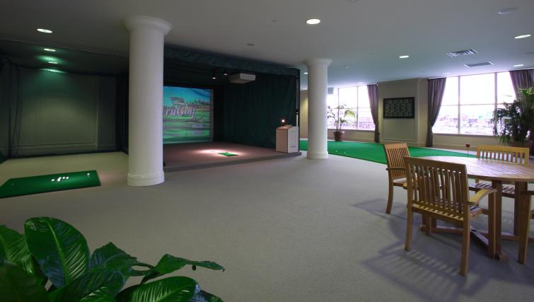 Virtual golf at Skymark West Apartments