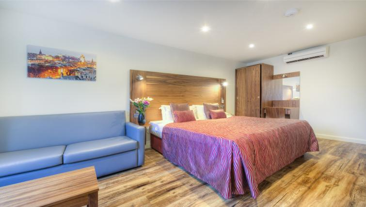 Double bed at Holyrood Aparthotel