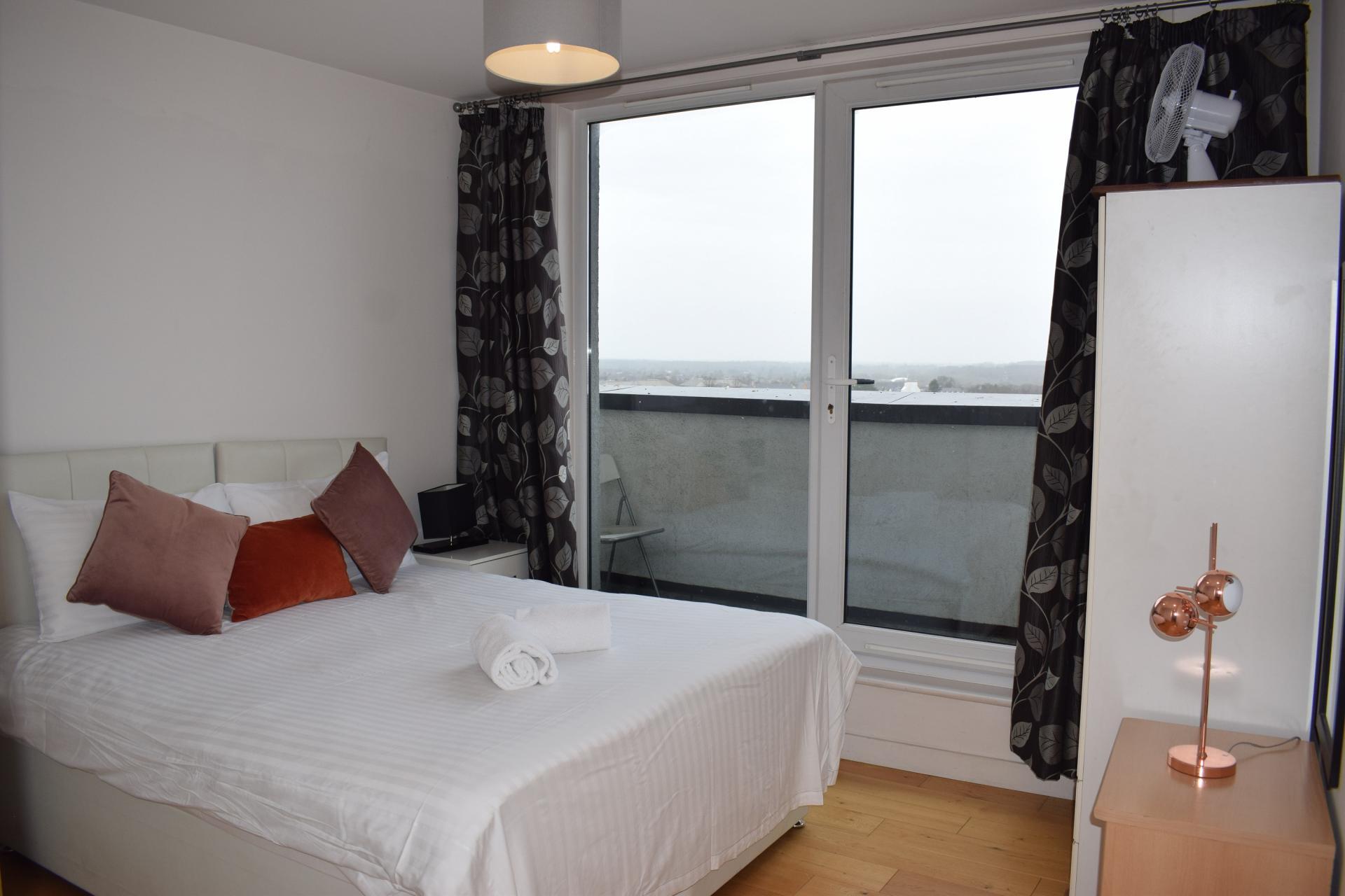 Sleep at Clarendon Loft Apartments, Centre, Watford