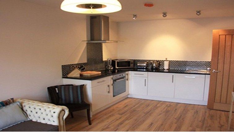 Delightful kitchen in Bridge Apartments