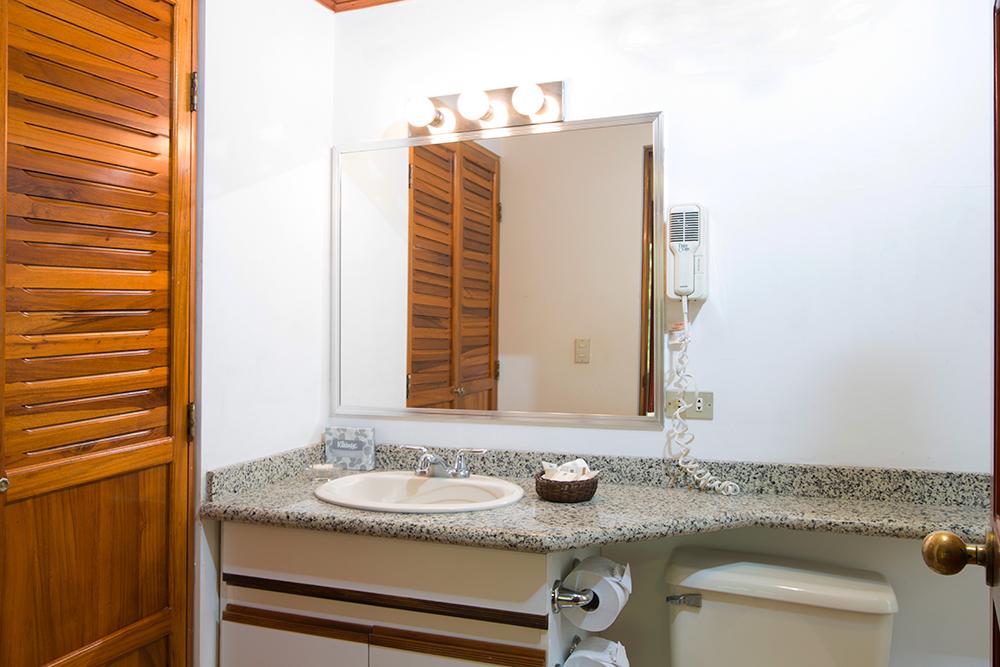 Sink at Villas del Rio Aparthotel