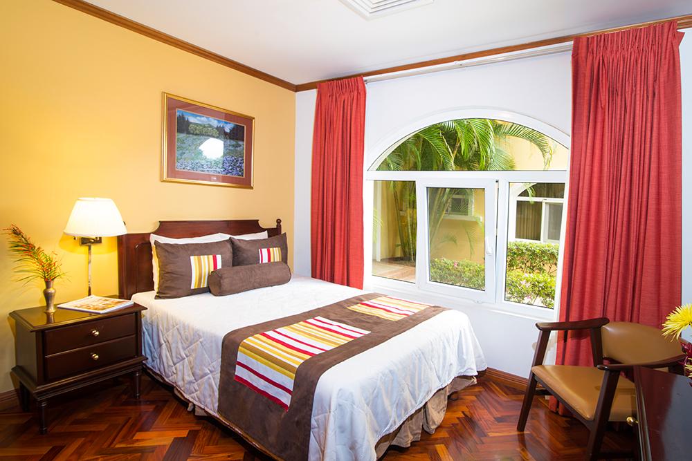 Stylish room at Villas del Rio Aparthotel