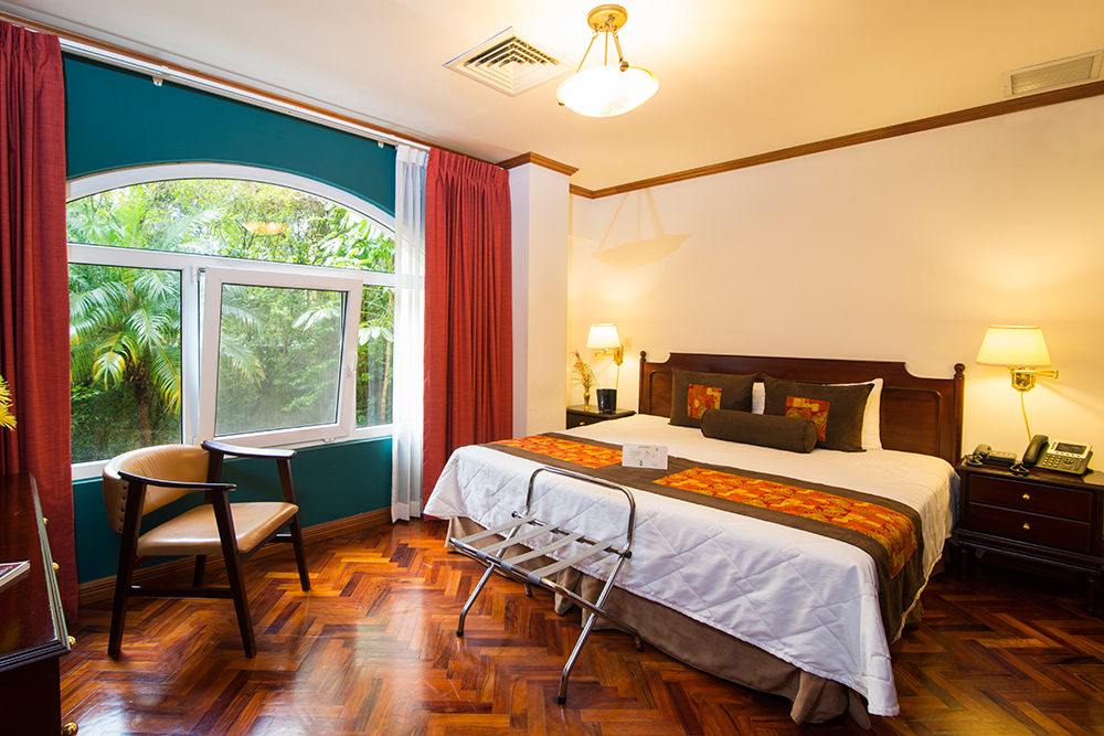 Bright room at Villas del Rio Aparthotel