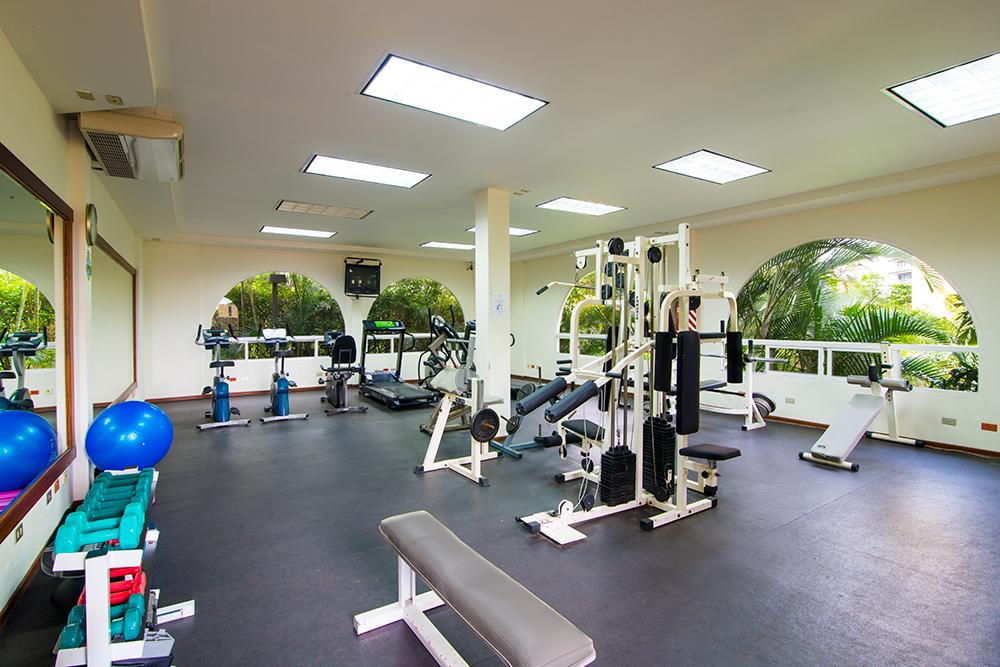 Gym at Villas del Rio Aparthotel
